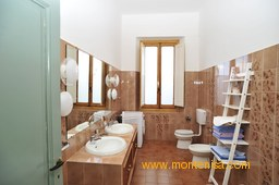 'Villa Monte Nisa' - bathroom